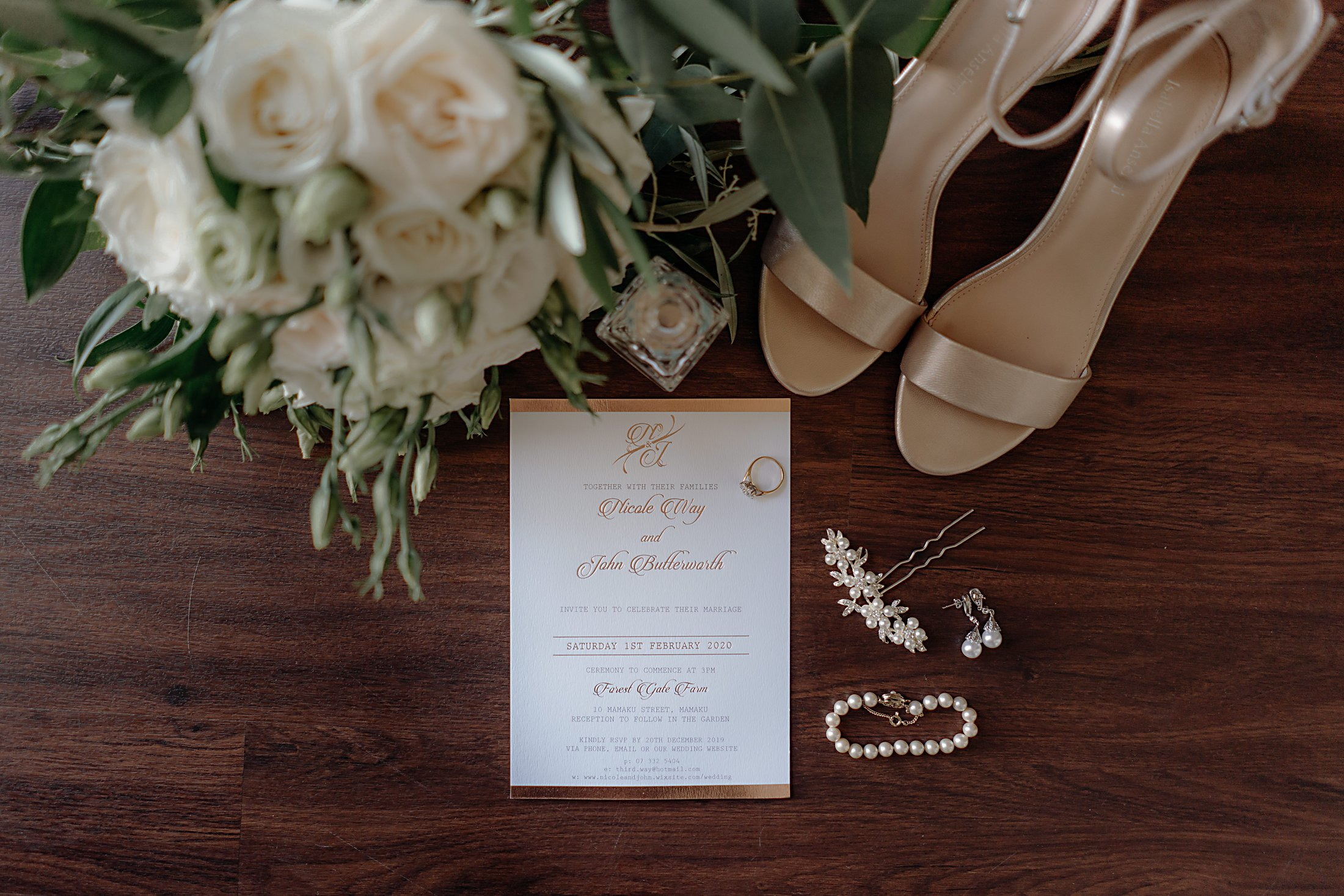 Bridal bouquet, rose gold shoes, pearl bracelet and earings